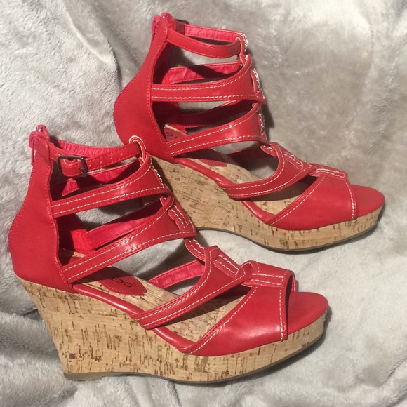 b896fbe00763 Red Strappy Ankle Gladiator Style Wedge Sandal